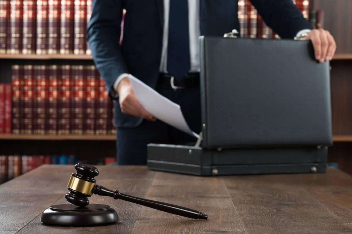 Ведение дела в судах